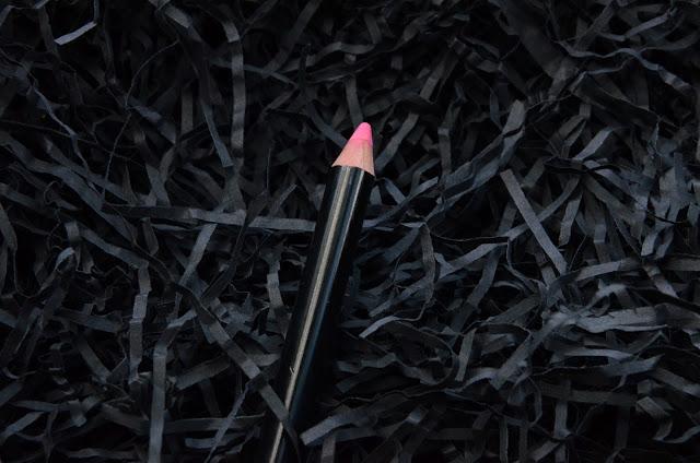 A photograph of Illamasqua Medium Pencil in Bait
