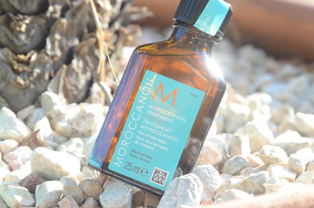 a photograph of moroccanoil oil treatment