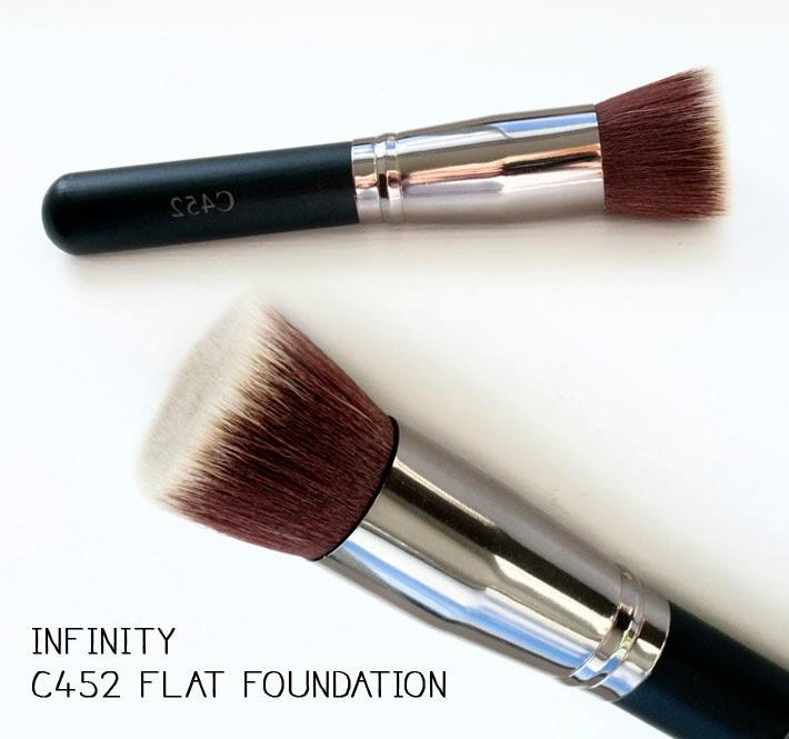 Crownbrush Infinity C452 Flat Foundation make-up brush