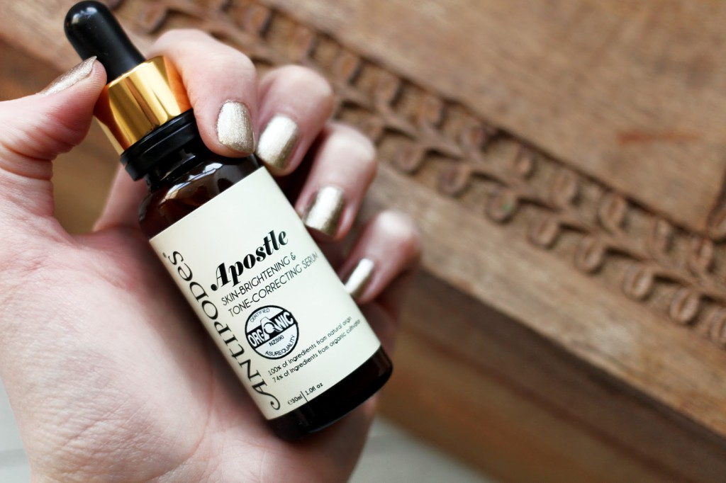 A blogger reviews Antipodes Apostle Skin Brightening & Tone Correcting Serum