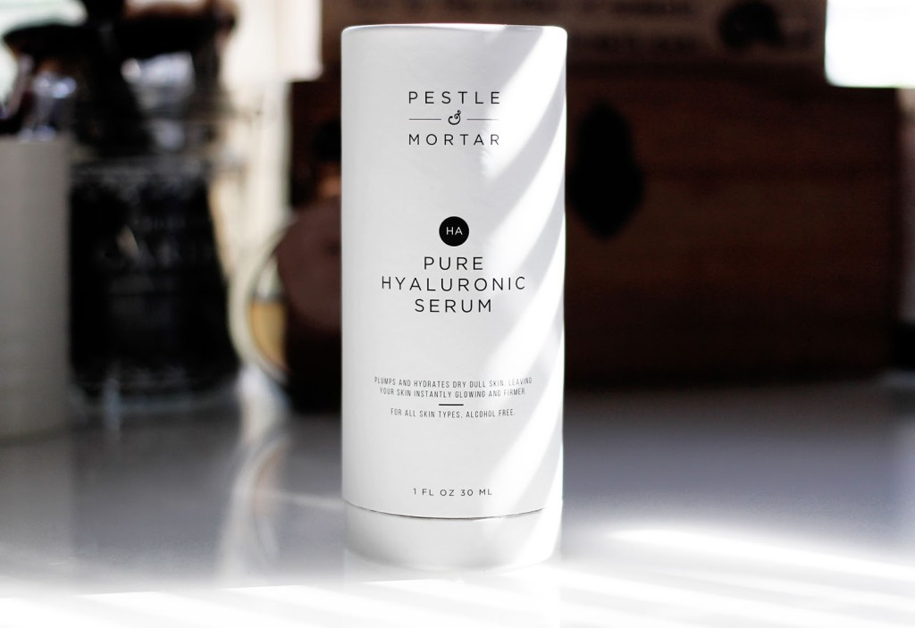 Beauty blogger reviews the Pestle and Mortar Pure Hyaluronic Serum