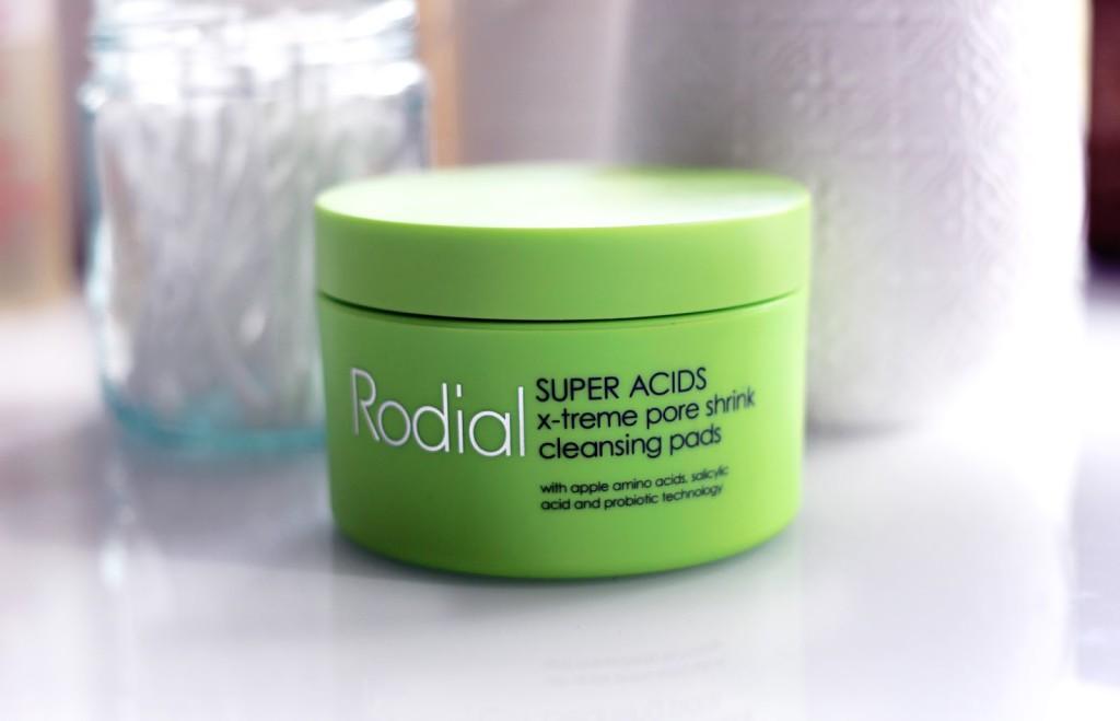 Beauty blogger reviews Rodial Super Acids X-Treme Pore Shrink Cleansing Pads