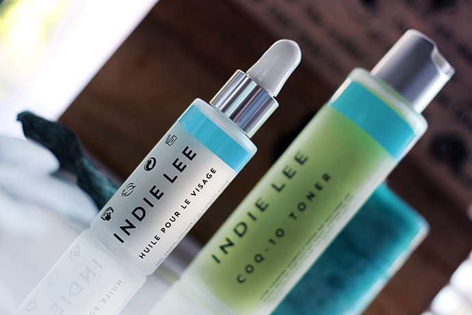 Beauty-blogger-reviews-organic-skincare-brand-Indie-Lee-C0-Q
