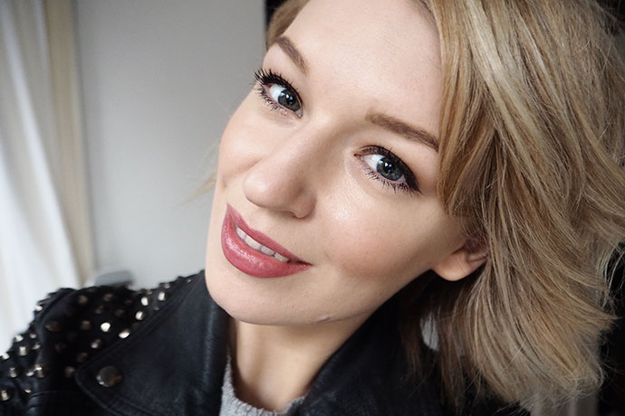 Beauty blogger Zoe Newlove reviews the new MAKE UP FOR EVER Ultra HD Invisible Cover Foundation