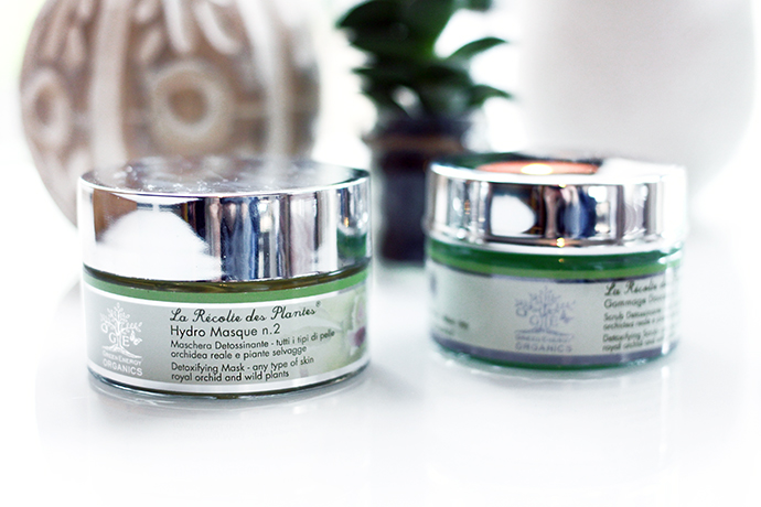 Beauty blogger Zoe Newlove reviews Green Energy Organics Detoxifying Mask and Scrub
