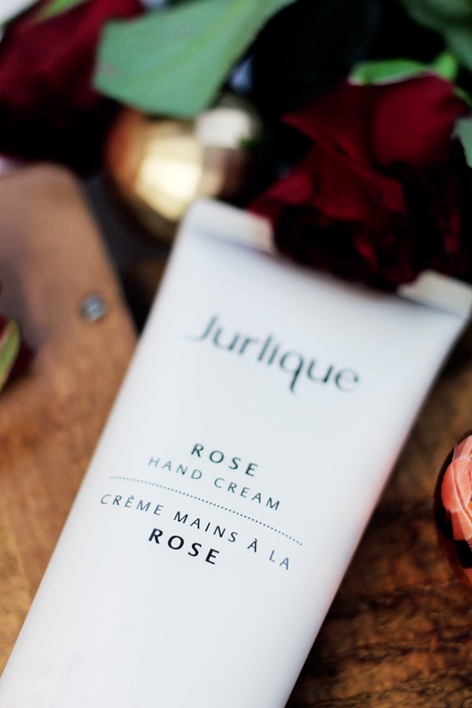 Beauty blogger zoe newlove takes part in the Jurlique Christmas Campaign, takes on The Romantic Personality and loves the Rose Infused products