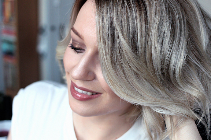 Beauty blogger Zoe Newlove tells you four ways to get textured hair using products from got2b, redken and toni and guy