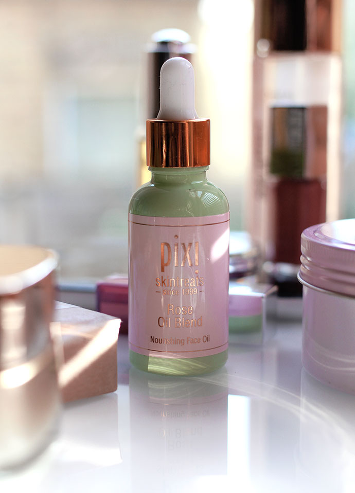 Pixi-Beauty-Skincare-Rose-Oil-Blend-Mother's-Day-Gift-guide-zoe-newlove