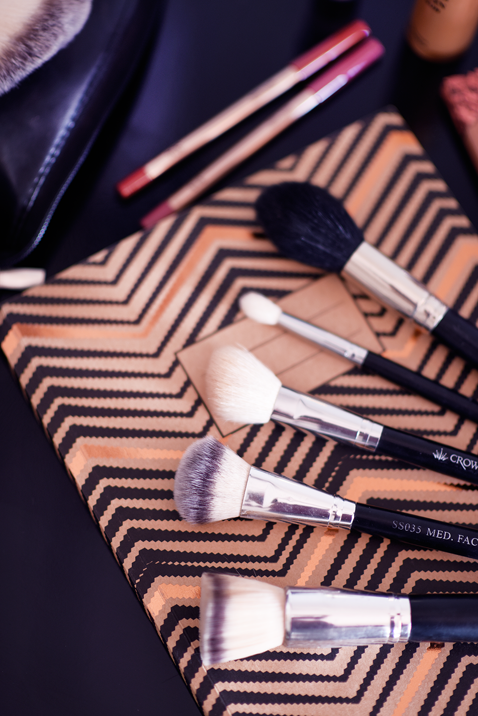 make-up-brush-essentials-crownbrush-zoe-newlove-beauty-blogger-zoe-newlove