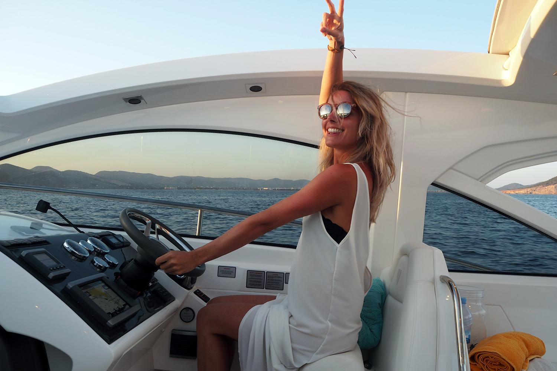 yacht-life-ibiza-zoe-newlove