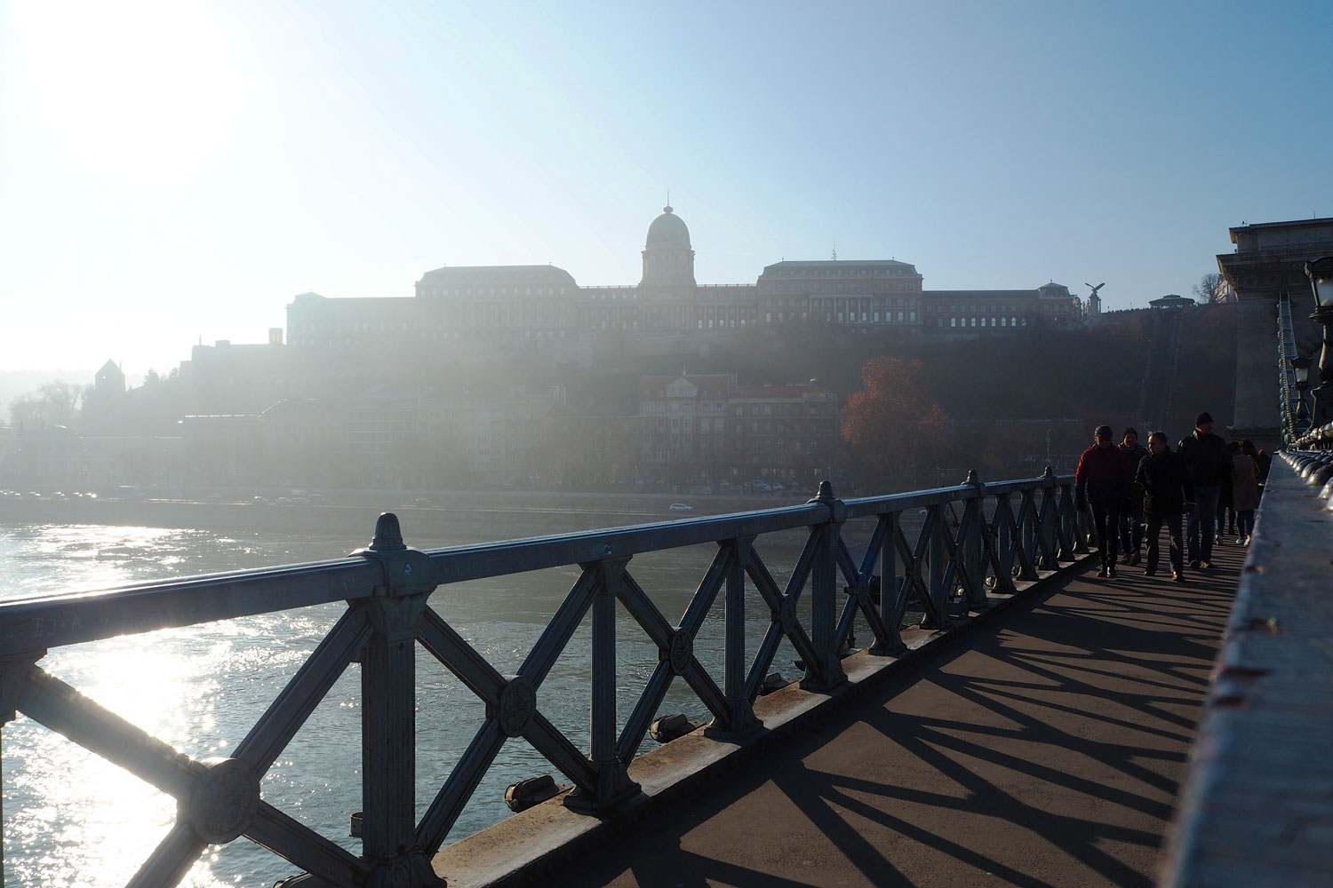 chain-bridge-budapest-travel-blog-review-zoe-newlove
