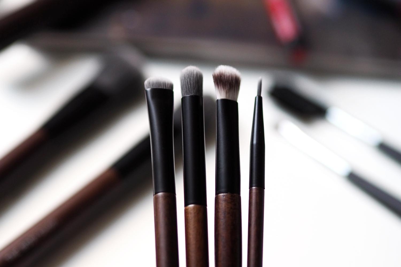 cruelty-free-vegan-makeup-brushes-the-body-shop