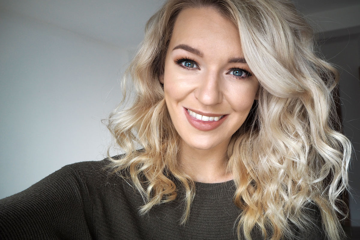 Fenty Beauty Foundation Makeup Primer A Review Zoe Newlove